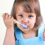 На что нужно обратить внимание при покупке зубной пасты для малыша