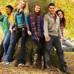 Модная  весенняя одежда для подростков