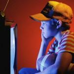 Как справиться с вредной привычкой ребенка постоянно смотреть телевизор