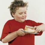 Полнота у ребенка: поможем чаду прийти в норму