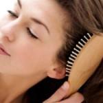 Заботимся о волосах: как выбрать расческу