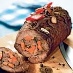 Рулет из говядины с морковью