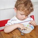 Как правильно кормить ребенка, если у него гастрит