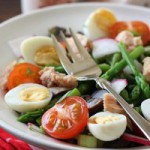 Вкусно и просто: салат из овощей и тунца