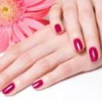 Как продлить жизнь лака для ногтей?